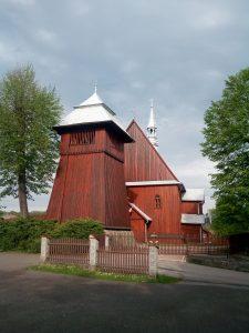 Kościół od strony parkingu